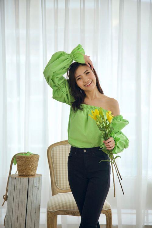 Majesty Top Lily